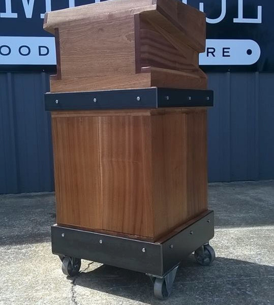 products_modern_industrial_podiumpulpit1