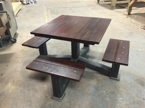 products_outdoor_modern_industrial_style_picnic_table1
