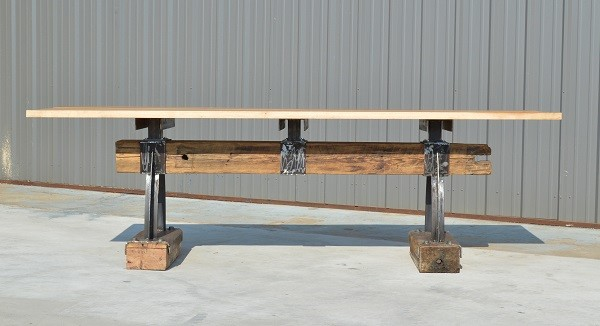 products_post_and_beam_rustic_industriall_bar_height_table5