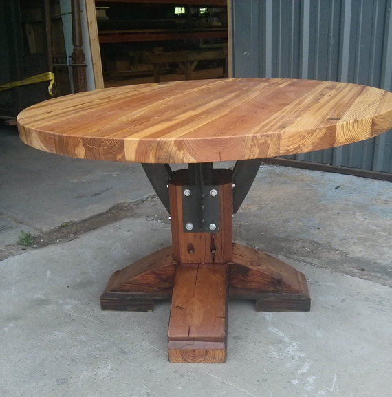 products_round_farmhouse_table3