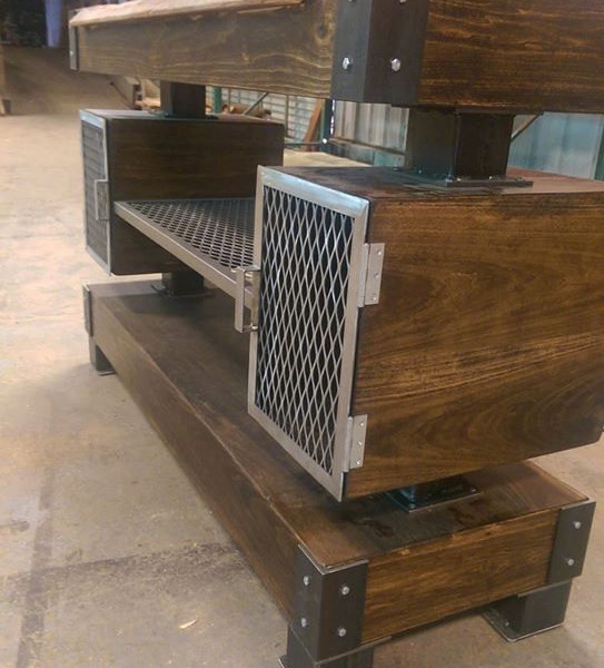 products_rusic_industrial_wine_bar_buffet_table2
