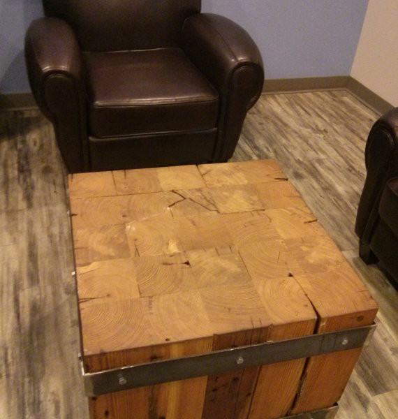 products_solid_hear_pine_coffee_table2